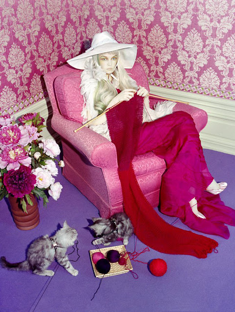 siri troller Photographer- Miles Aldridge for Italian Vogue